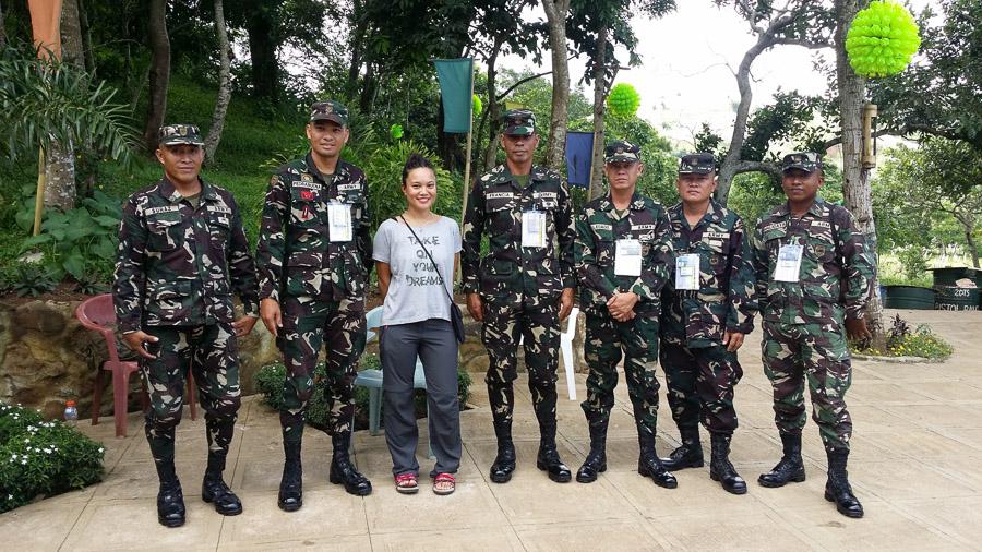 Visita a una campo Militar en Tanay Rizal, Filipinas