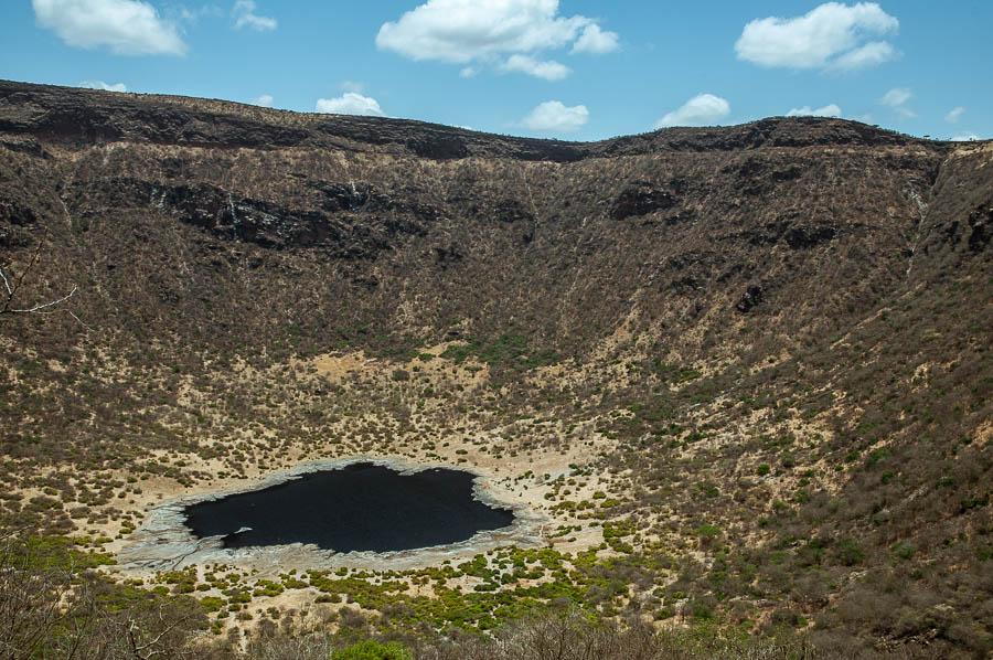 Lago en el Volcán el Sod. Tribus de Etiopía al sur del páis