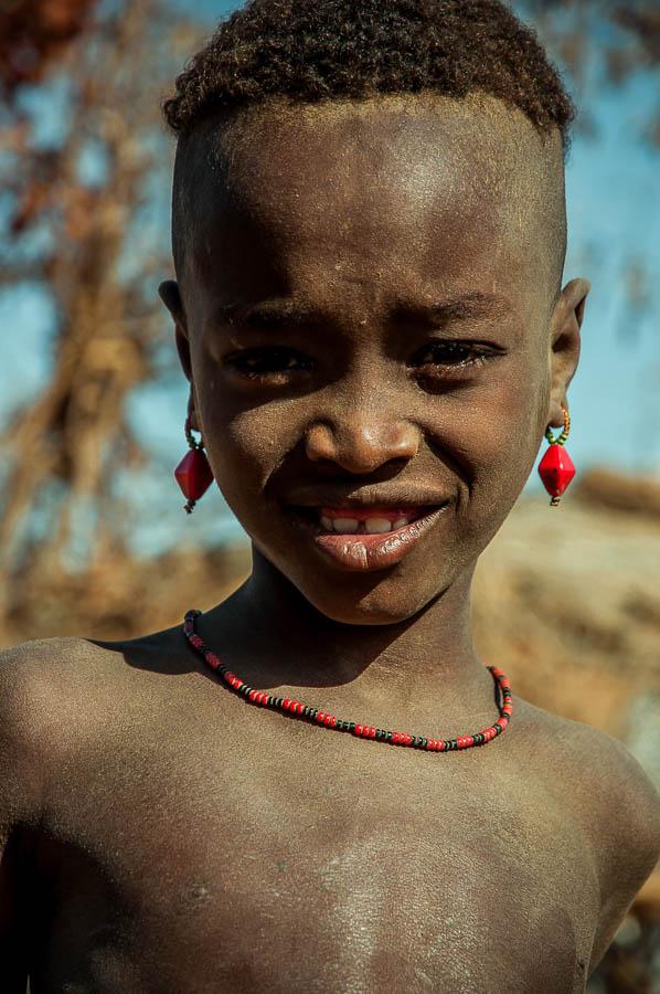Niño Dassanech en Etiopía