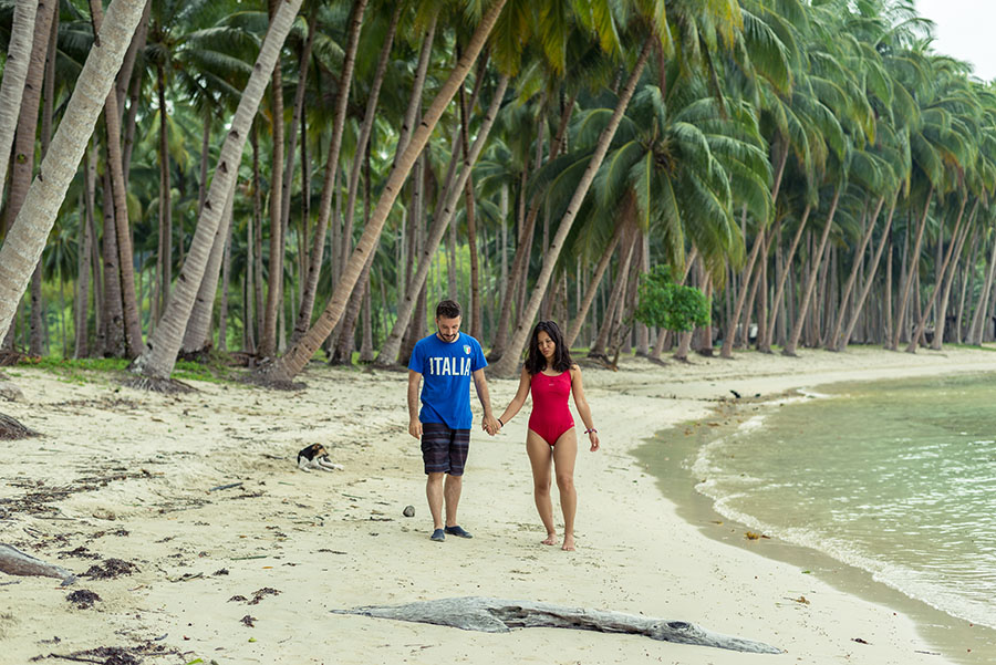 White Beach, Port Barton, Palawan, Filipinas. San Valentín