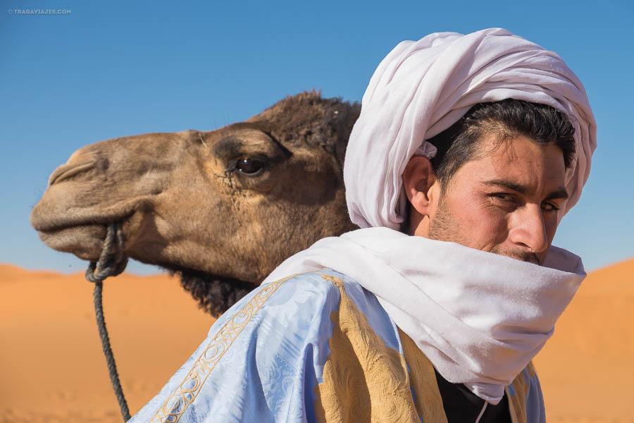 Bereber llamado Ibrahim con su dromedario