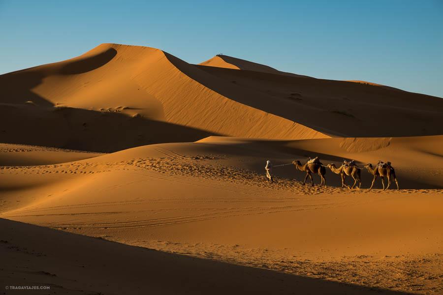 Amanecer en el desierto de Merzouga
