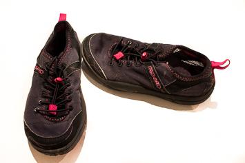 zapatillas cerradas sumergibles