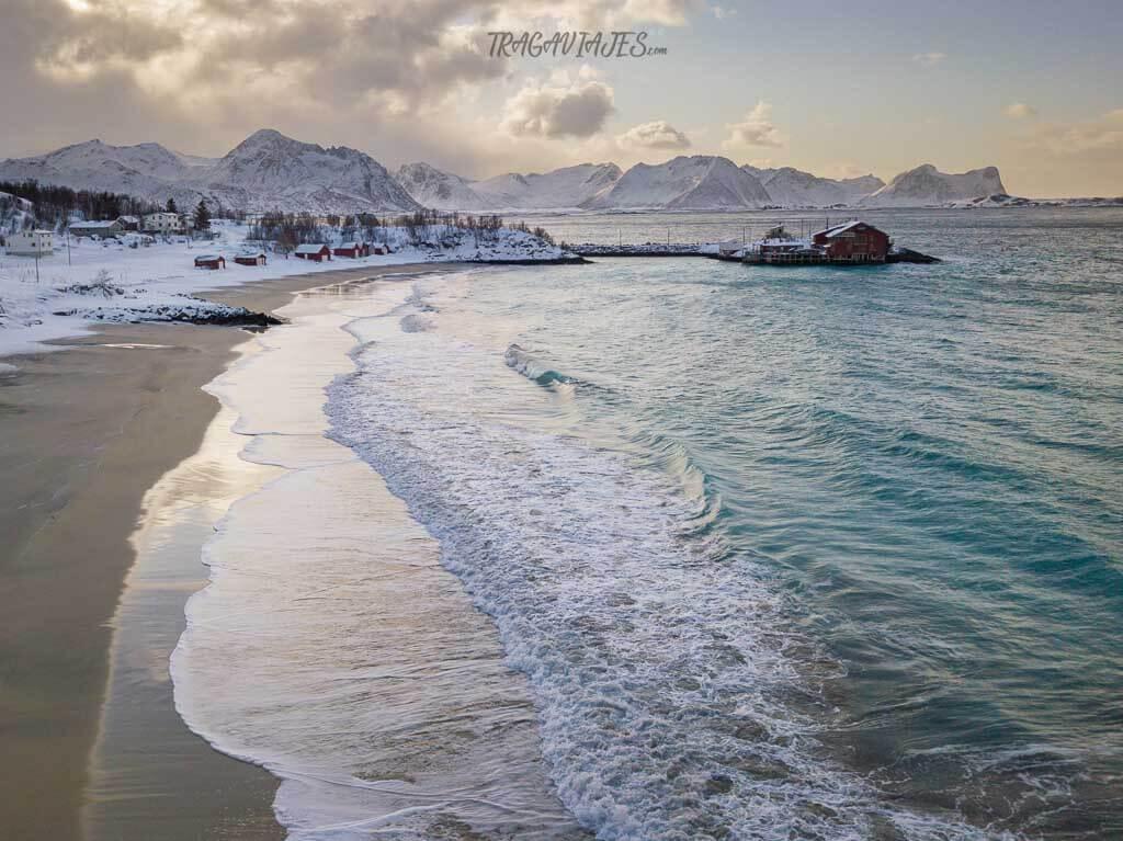 Playas de Senja - Playa de Bøstrand, en Bøvær