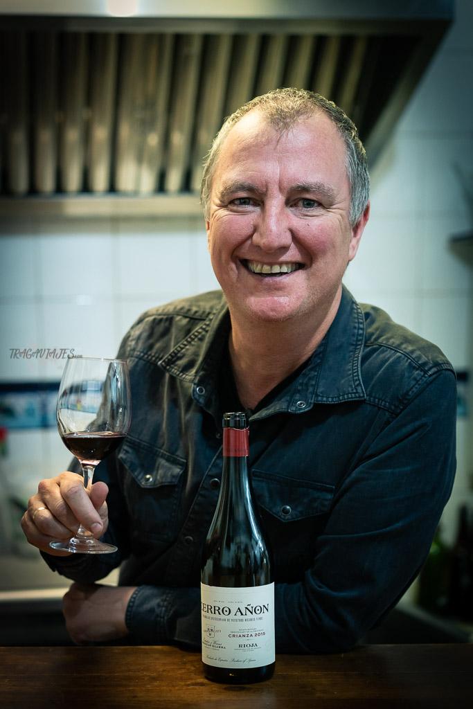 Tomar vinos en Logroño con El Educador en Vinos