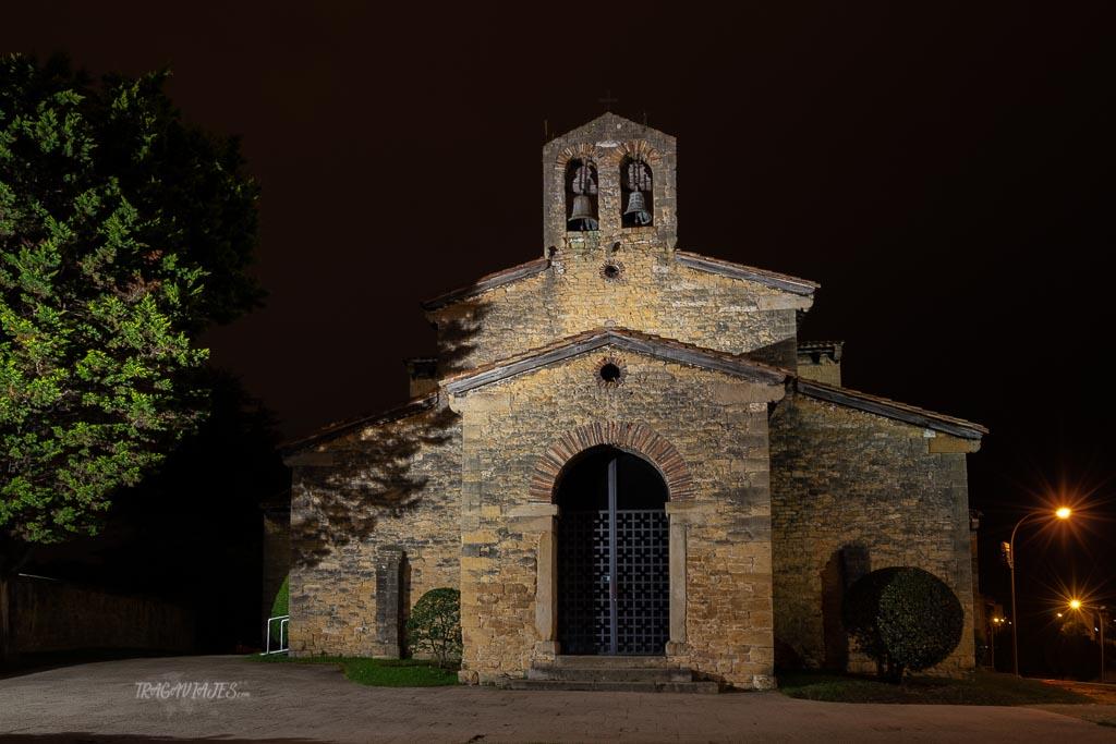 Qué ver en Oviedo en un día - Iglesia de San Julian de los Prados