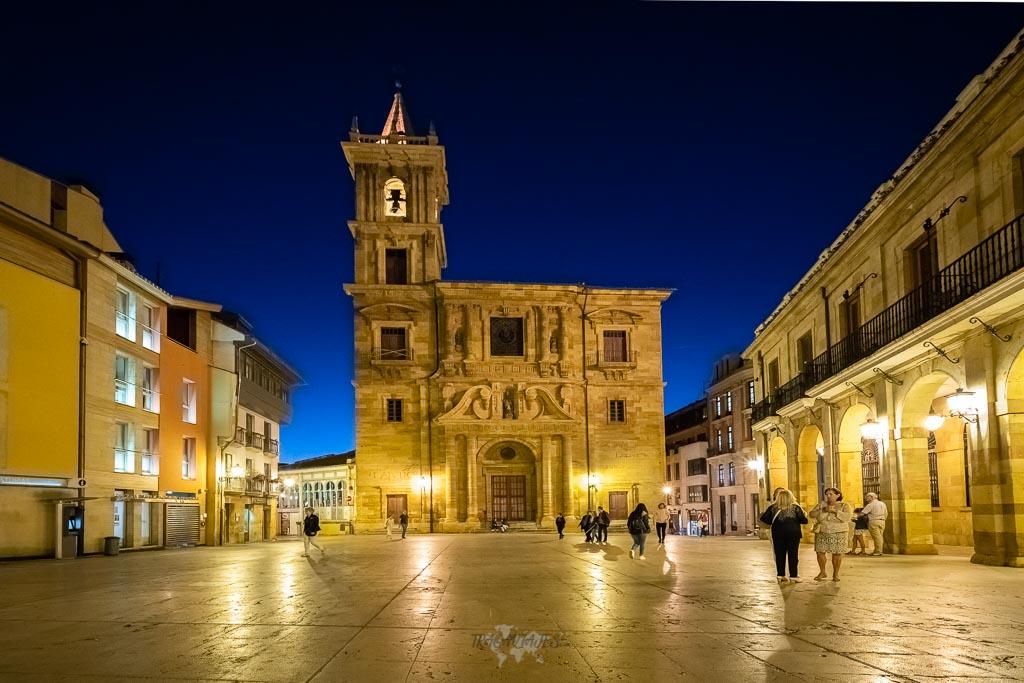 Qué ver en Oviedo y alrededores - Plaza de la Constitución