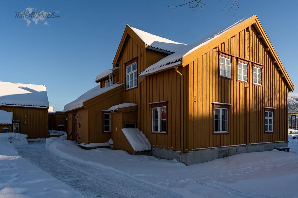 Imprescindibles que ver en Tromso - Skansen, los edificios más antiguos de la ciudad