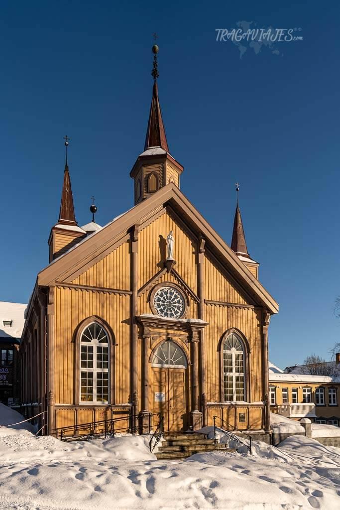Qué visitar en el centro de Tromso - Iglesia de Nuestra Señora