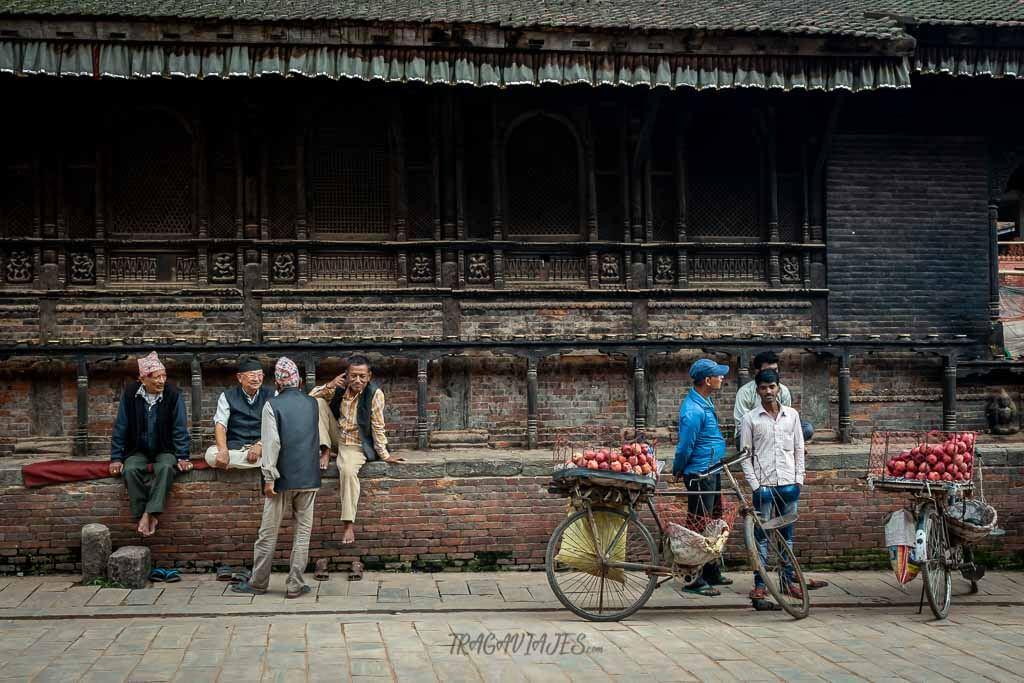 Qué ver en Katmandú - Escenas de Bhaktapur