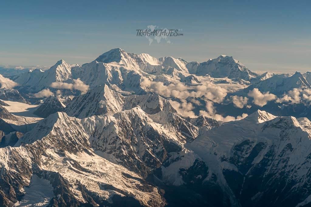 Qué ver en Katmandú en 4 días - Vista de la cordillera del Himalaya dede la avioneta
