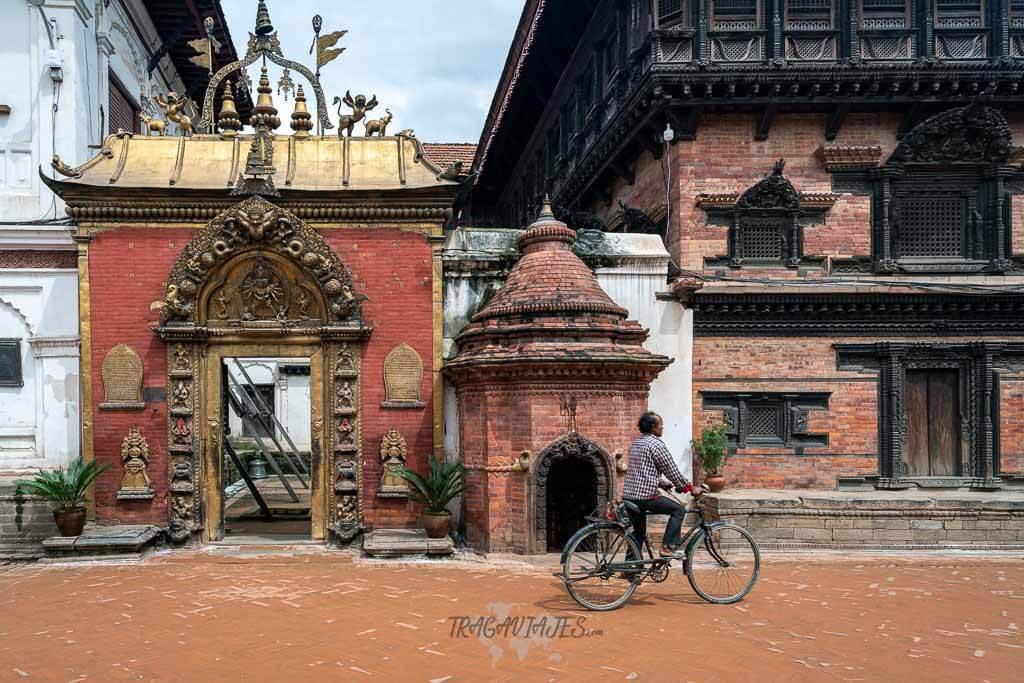 Qué ver en el valle de Katmandú y alrededores - Puerta Dorada