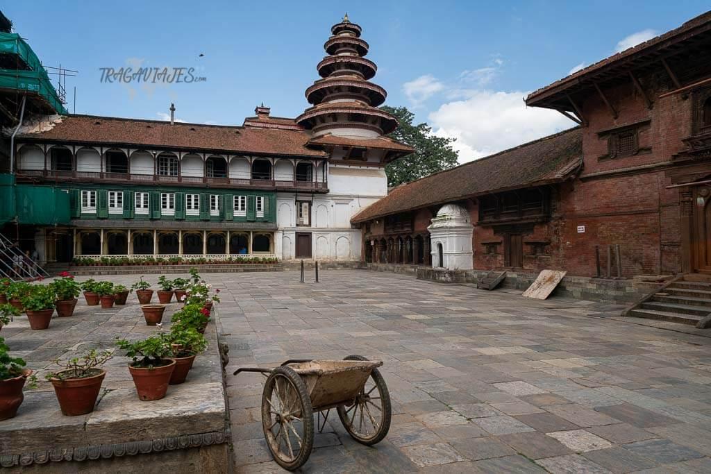 Qué ver en el valle de Katmandú - Patio del museo Hanuman Dhoka