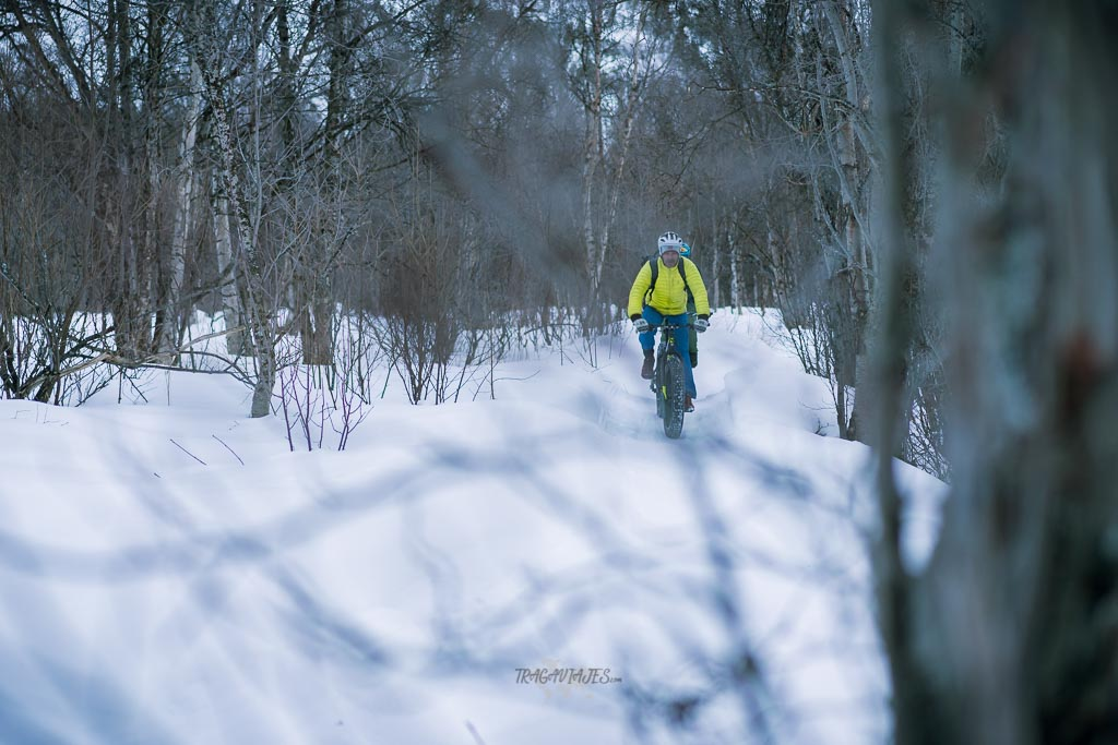 Ruta por Laponia - Realizando snowbike