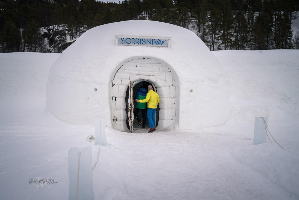 Ruta por Laponia - Entrada al hotel de hielo