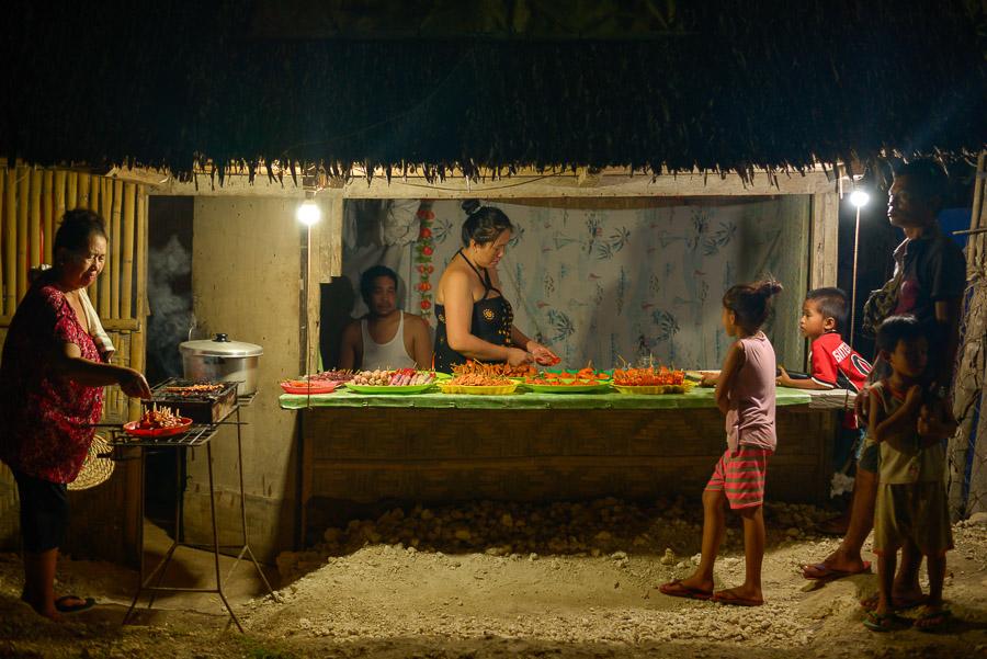 Puesto de comida callejera, Bohol, Filipinas