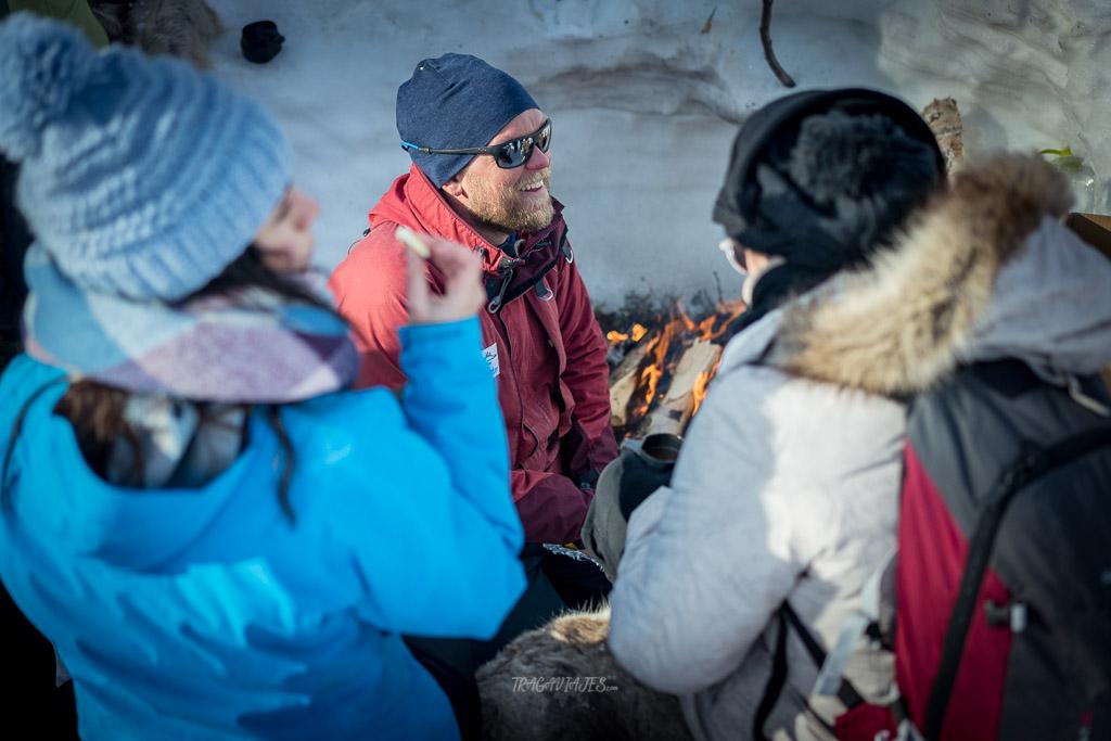 Viaje a Laponia - Comida durante la pesca en hielo