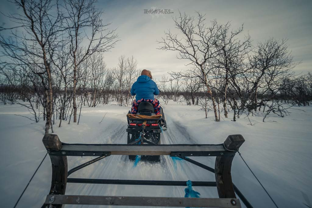 Viaje a Laponia noruega - De camino al campamento sami