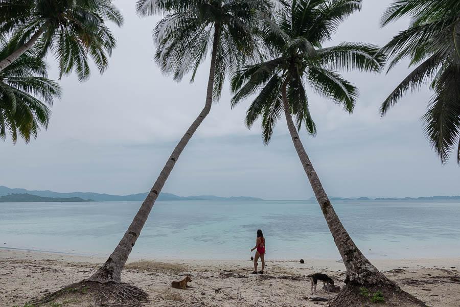 Playa White Beach en Port Barton, Filipinas
