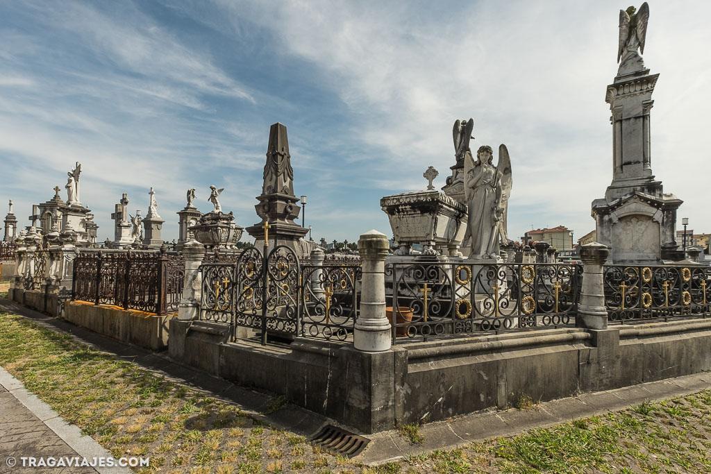 Cementerio Municipal La Carriona Aviles