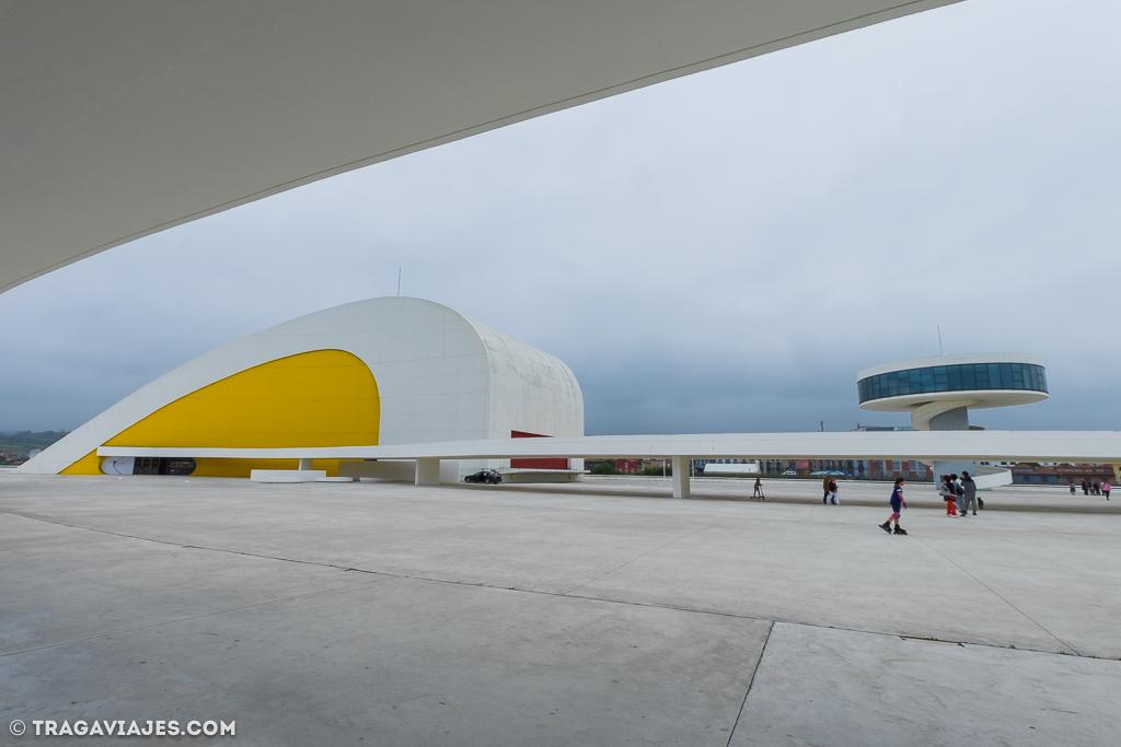 camino-santiago-camino-del-norte-40-centro niemeyer-aviles