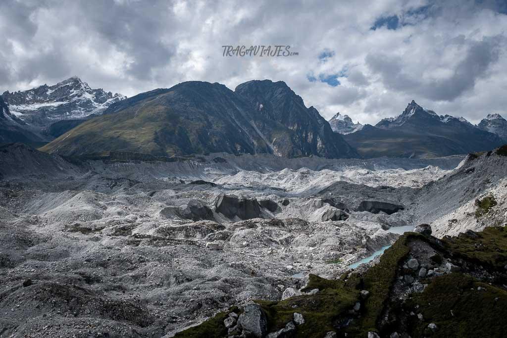 Campo base del Everest y Gokyo - Glaciar de Ngozumba