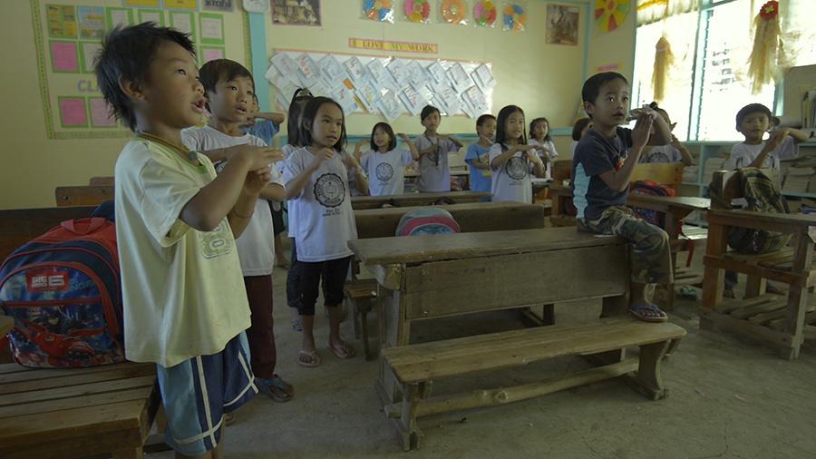 Niños en Colegio de Batad