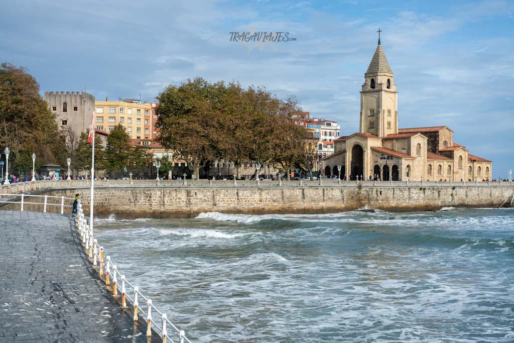 Qué hacer en Gijón - Iglesia de San Pedro