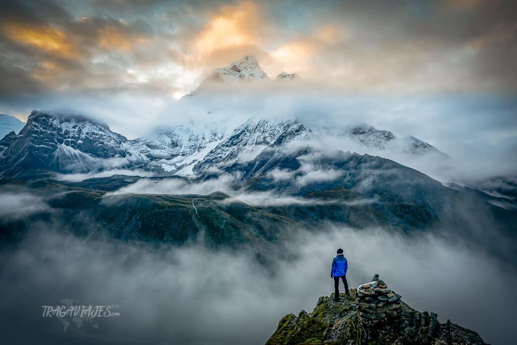 Qué trekking hacer en Nepal - Vista del Ama Dablam