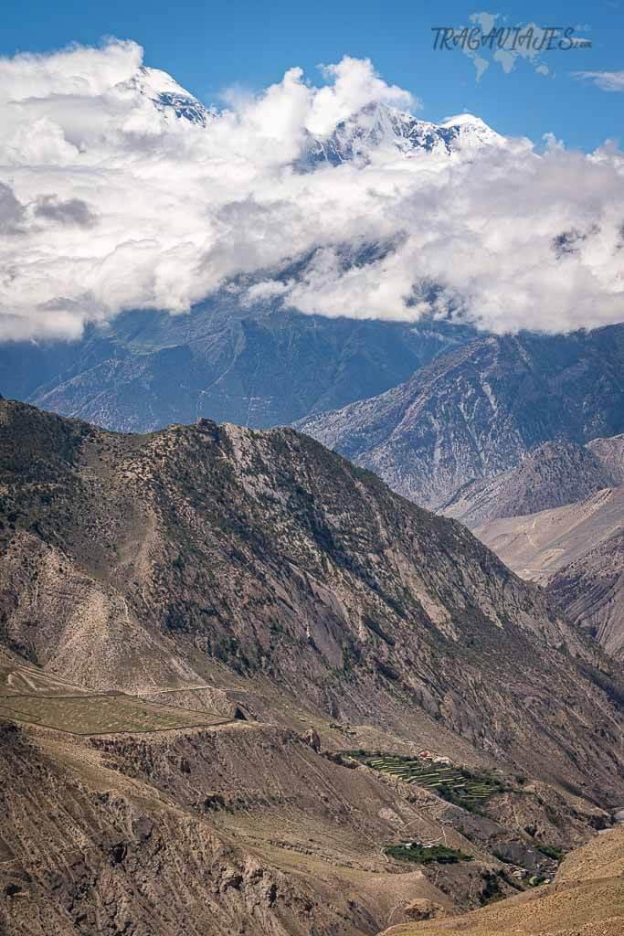 Qué ver en Nepal - Vista del Tukuche y Dhaulagiri en Lower Mustang