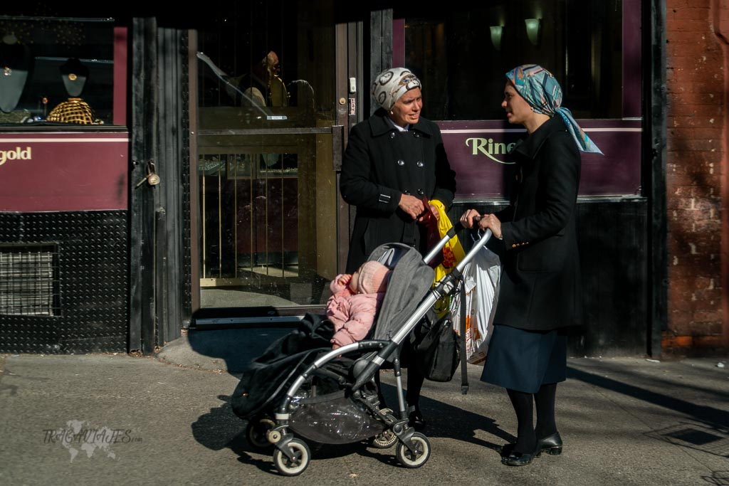 Tour de contrastes de Nueva York - Mujeres judías ultraortodoxas