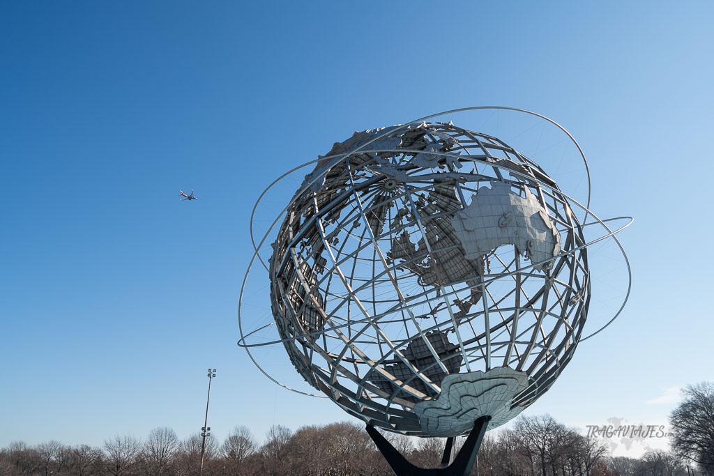 Tour de contrastes de Nueva York - Unisphere del parque Flushing Meadows-Corona Park
