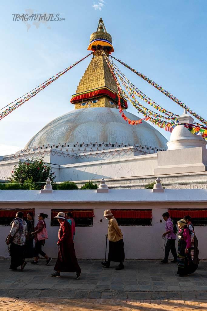 Viajar a Nepal qué ver - Estupa de Boudhanath