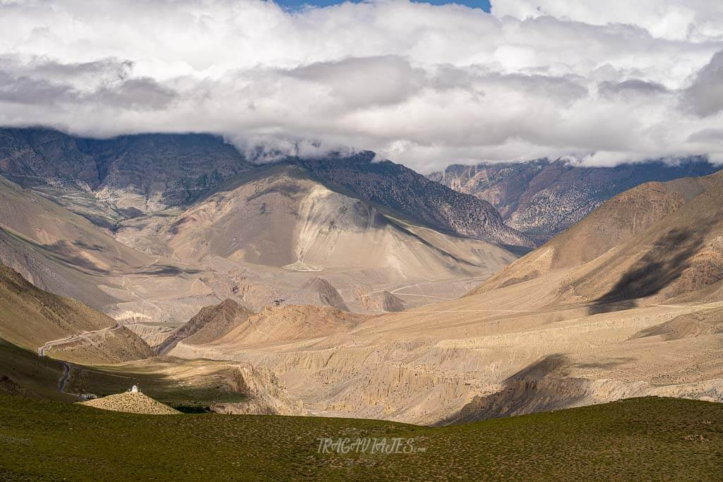 Viajar a Nepal qué ver - Paisaje árido de Lower Mustang