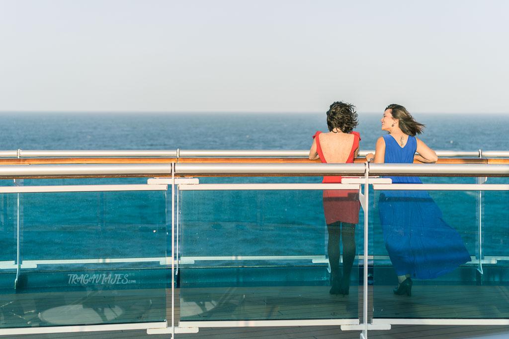 Los viajes en crucero tienen cena de gala