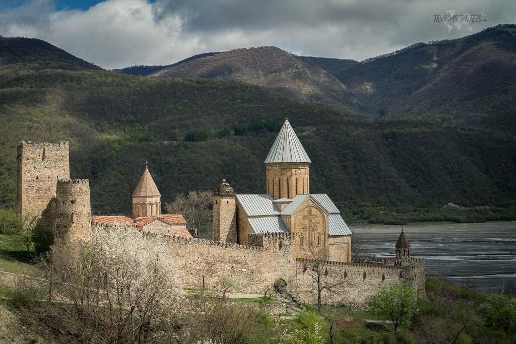 Qué ver en Georgia en 15 días - Fortaleza de Ananuri
