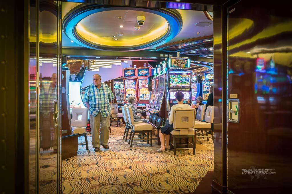Un viaje en crucero jugando en el casino