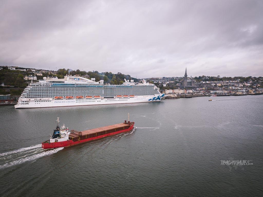 Durante los viajes en crucero se realizan paradas